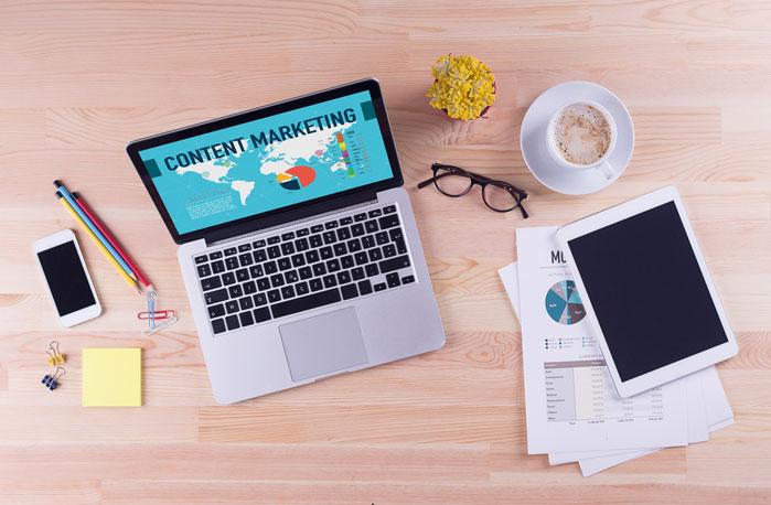 content marketing laptop